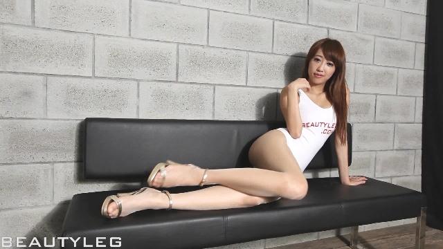 Tiara美腿写真No.342 Beautyleg丝袜美腿模特写真直播在线免费观看