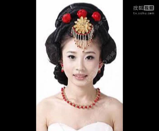 新娘短发盘发技巧 盘发步骤古装盘发 (640x528)-古装新娘盘发发型图片