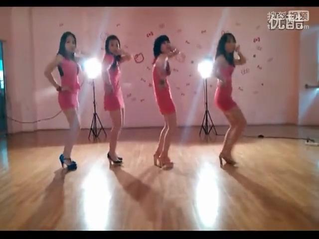 学习跳简单易学的少儿女生女子现代舞蹈入门教学视频