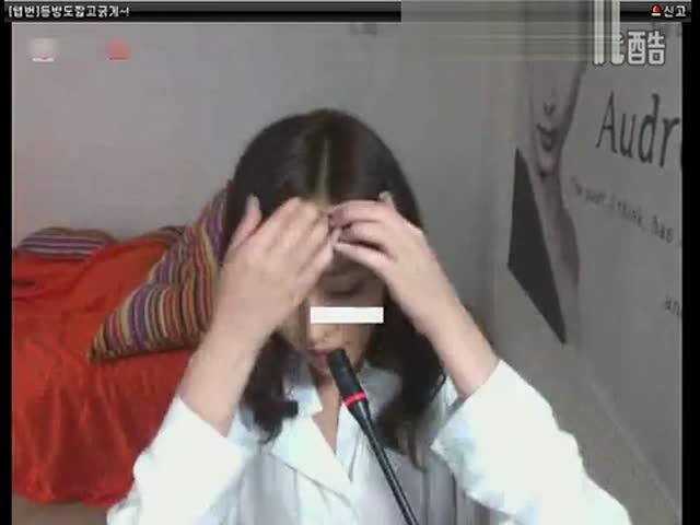 睡衣美少女性感 视频在线观看