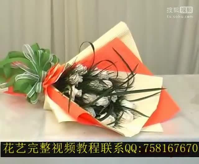 新款:小熊玩偶花束_小学生剪纸教程花束