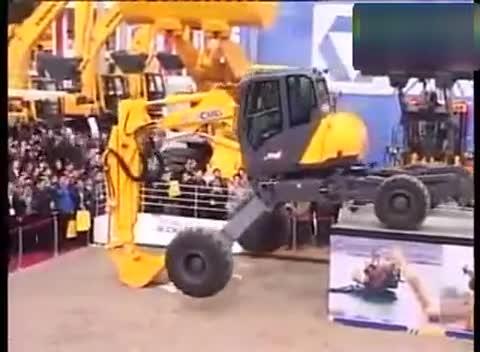 陆风x7视频表演 挖土机工作视频表演 挖掘机视频表演