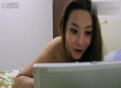 美女脱光衣服主动做爱 游戏