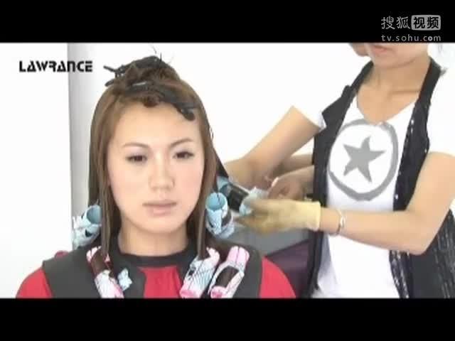 美发烫发视频 女士长发发型 烫发教学图片