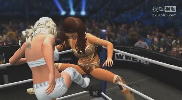 女子摔跤之要害攻击eve被maryse爆裆