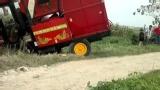 2016雷沃玉米收割机