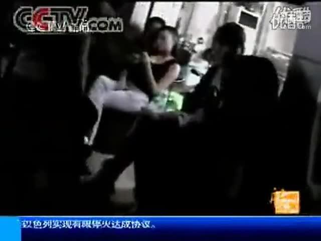 折磨淫女_记者暗访卖 淫女打家政广告从事卖 淫活动